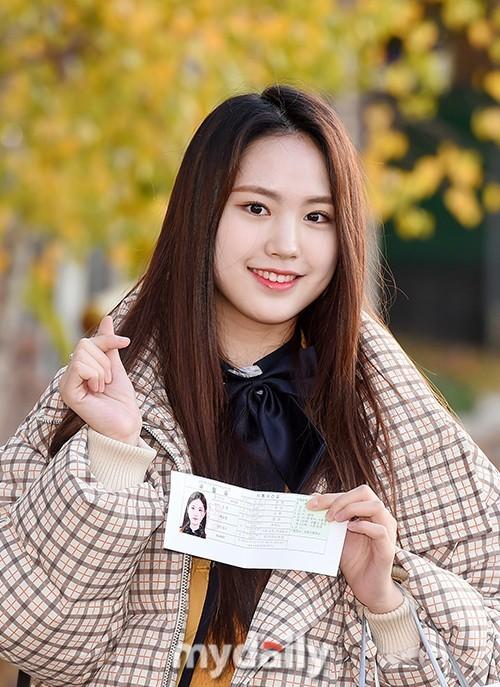 Dàn sao xinh đẹp Idol Kpop đi thi đại học  - ảnh 10