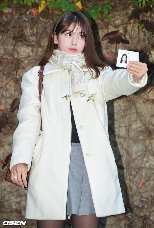 Dàn sao xinh đẹp Idol Kpop đi thi đại học  - ảnh 2