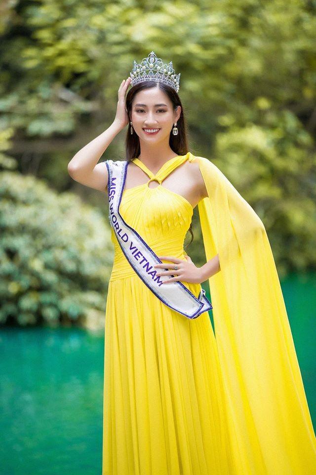 Chùm ảnh Lương Thùy Linh trước khi sang Anh thi Miss World - ảnh 3
