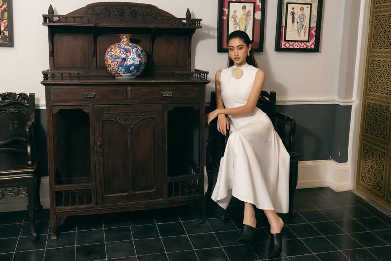 Chùm ảnh Lương Thùy Linh trước khi sang Anh thi Miss World - ảnh 10