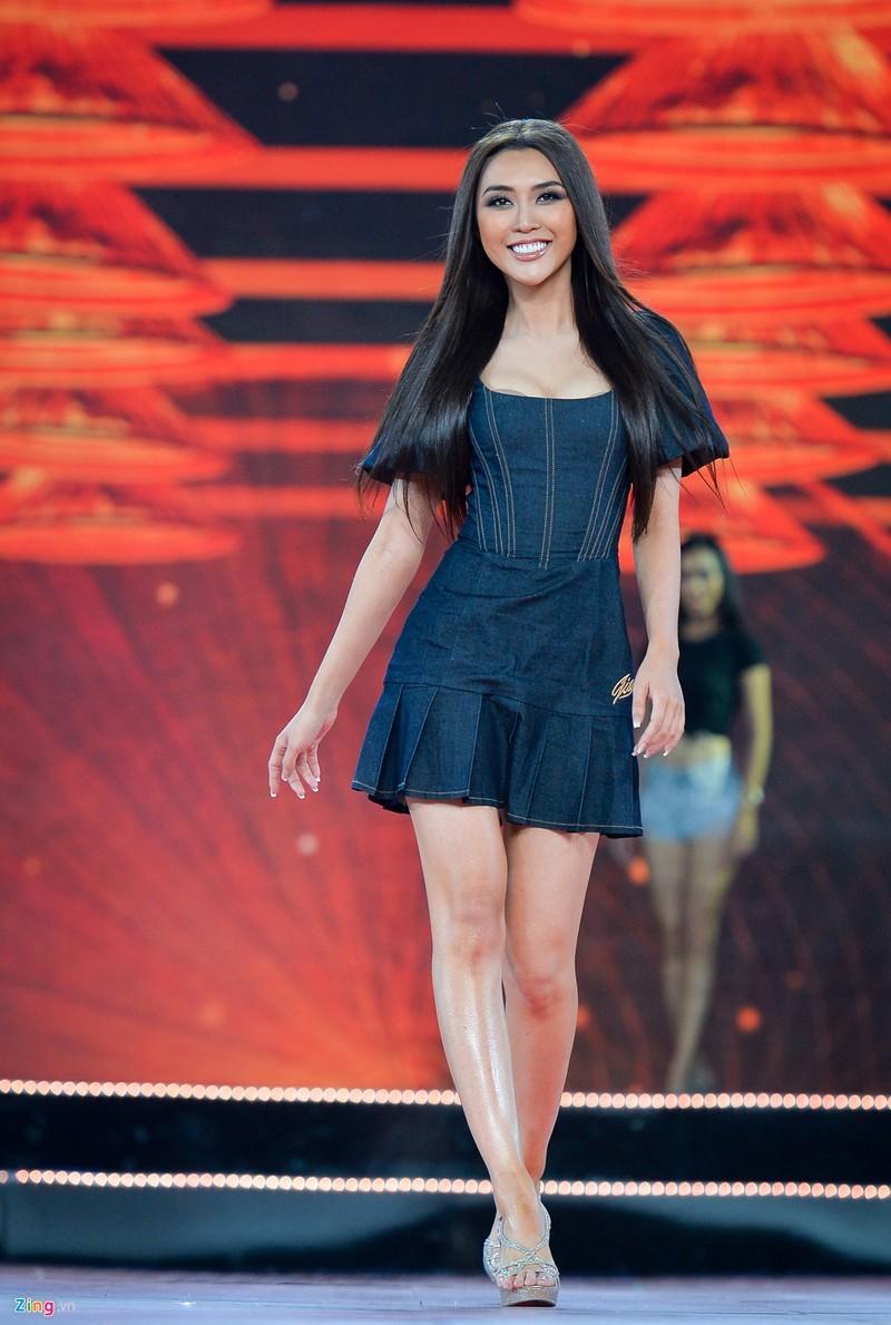 Tường Linh có nụ cười đẹp nhất Hoa hậu Hoàn vũ Việt Nam - ảnh 2