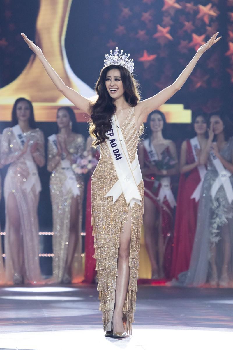 Ngắm nhan sắc đời thường của Tân Hoa hậu Hoàn vũ Khánh Vân - ảnh 19
