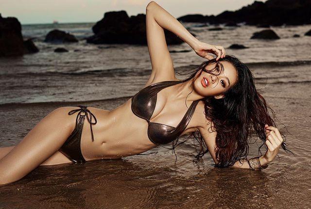 Tân Hoa hậu Hoàn vũ Khánh Vân nóng bỏng với bikini - ảnh 18