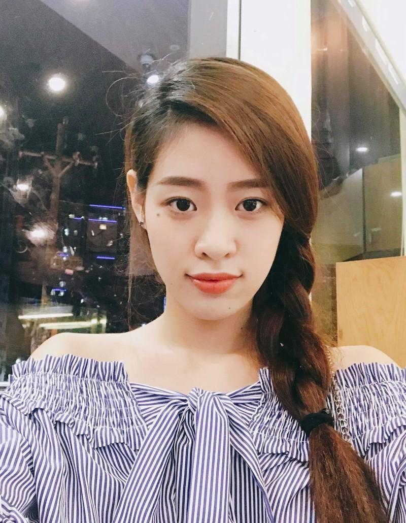 Ngắm nhan sắc đời thường của Tân Hoa hậu Hoàn vũ Khánh Vân - ảnh 15