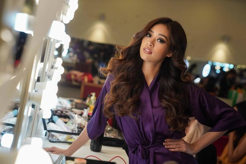 Ngắm nhan sắc đời thường của Tân Hoa hậu Hoàn vũ Khánh Vân - ảnh 18