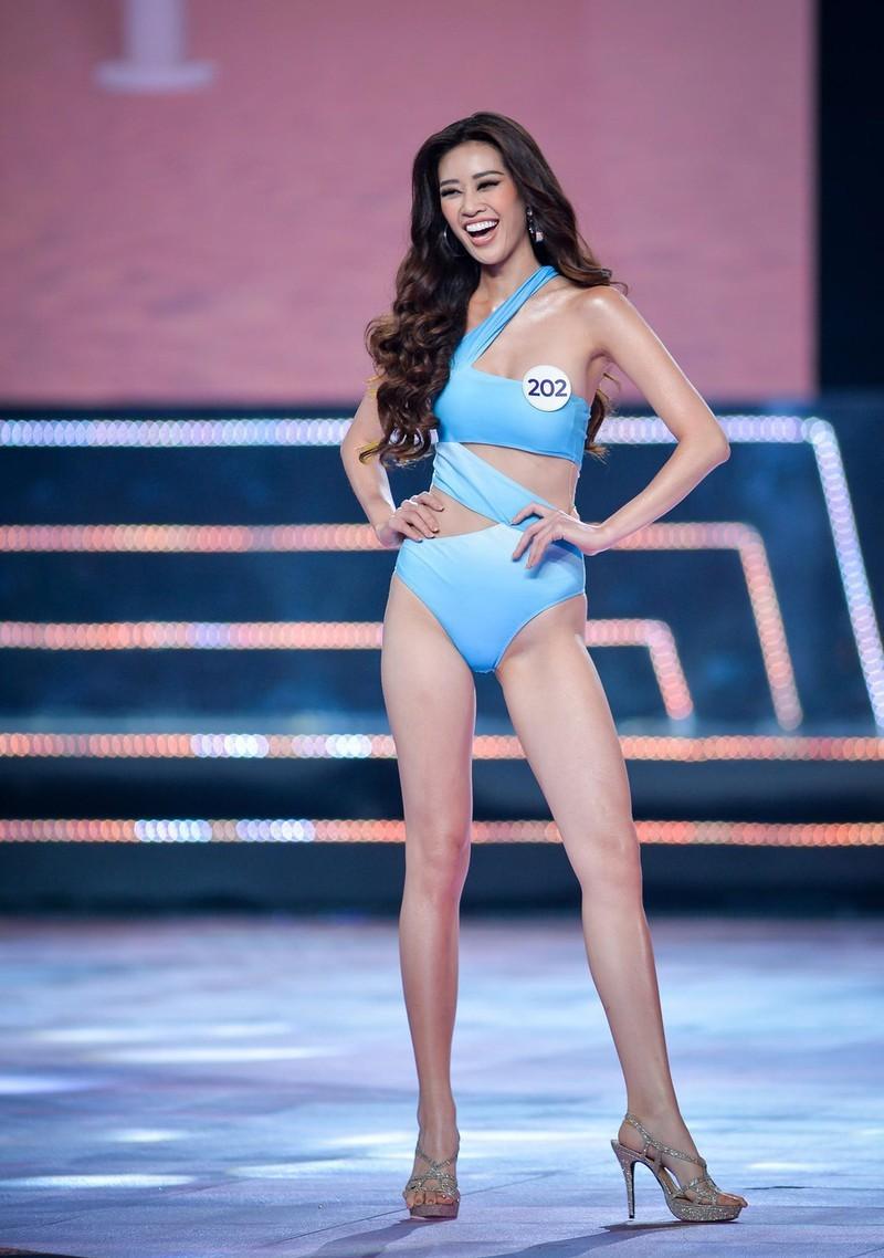 Khánh Vân, Hương Ly,Kim Duyên catwalk đẹp nhất Hoa hậu Hoàn vũ - ảnh 1