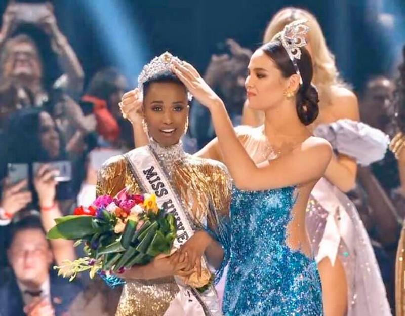 Ngắm vẻ đẹp của tân Hoa hậu Hoàn vũ thế giới 2019 - ảnh 11