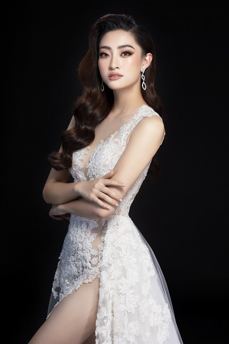 Ngắm Lương Thùy Linh trước giờ G chung kết Hoa hậu Thế giới - ảnh 4
