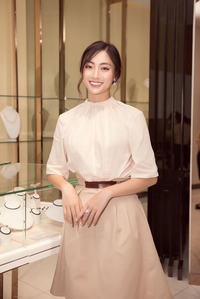 Ngắm Lương Thùy Linh trước giờ G chung kết Hoa hậu Thế giới - ảnh 16