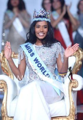Vẻ đẹp đời thường của tân Hoa hậu Thế giới 2019 - ảnh 1
