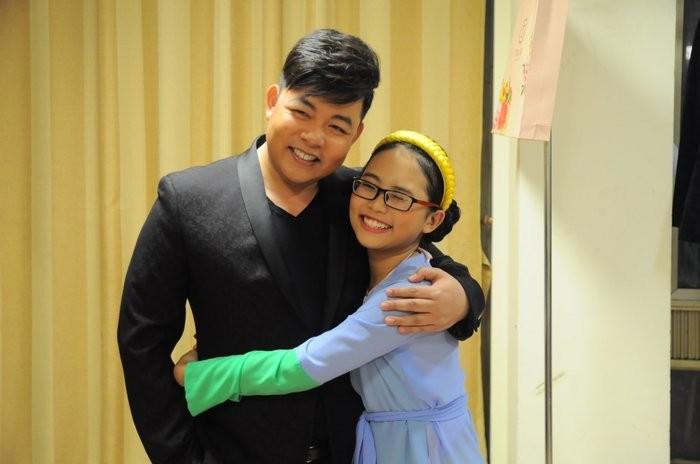 Phương Mỹ Chi 'chia tay' cha nuôi Quang Lê sau 6 năm gắn bó - ảnh 2