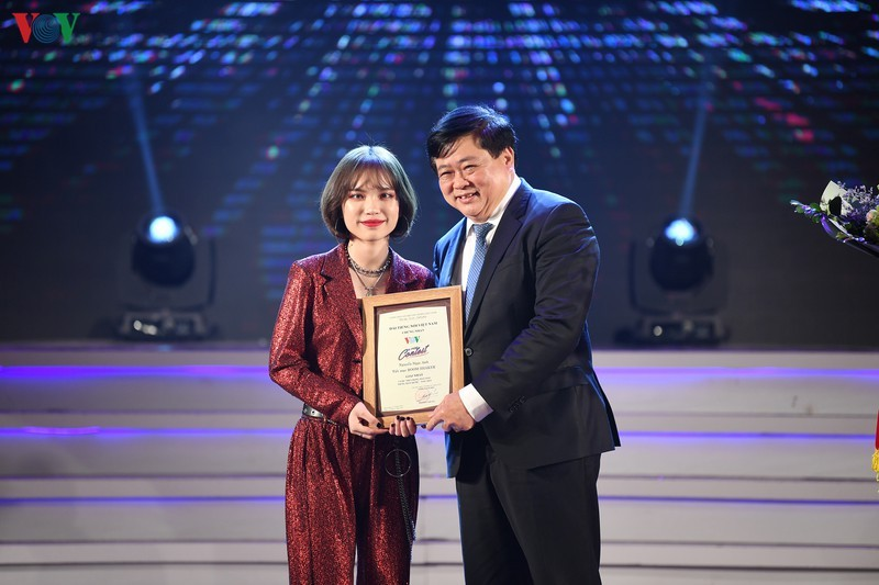 Giọng hát hay tiếng Hàn Quốc-VOV 2019 gọi tên Nguyễn Ngọc Anh - ảnh 1