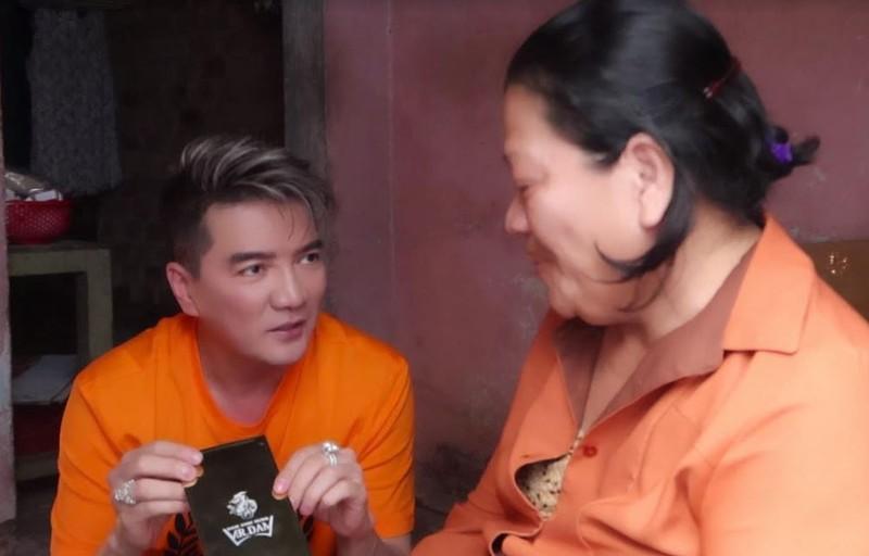Đàm Vĩnh Hưng giúp phạm nhân thực hiện tâm nguyện suốt 20 năm  - ảnh 3