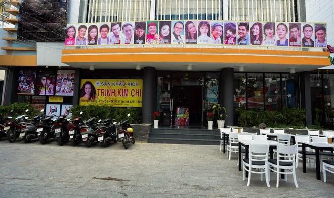 3 sân khấu đóng cửa, nhiều sao Việt hủy show, phim ngưng chiếu - ảnh 2