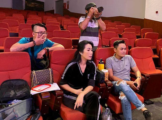 3 sân khấu đóng cửa, nhiều sao Việt hủy show, phim ngưng chiếu - ảnh 3
