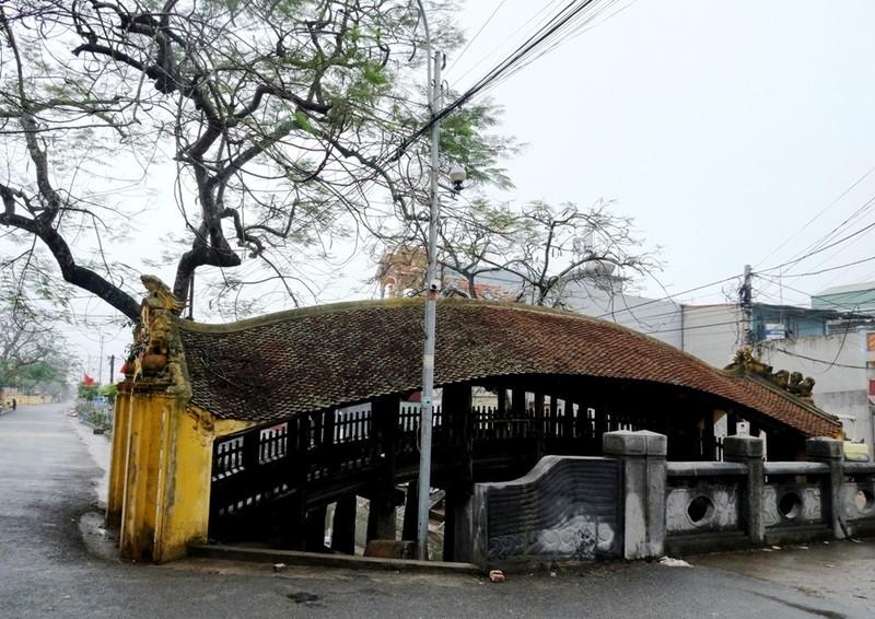Về Nam Định chiêm ngưỡng cây cầu cổ bậc nhất Việt Nam - ảnh 1