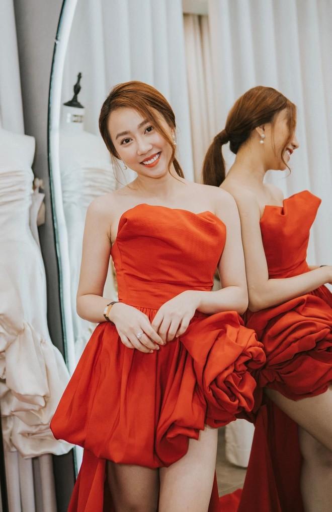 Diễn viên Hồng Loan hẹn hò với Tiến Linh là ai? - ảnh 5