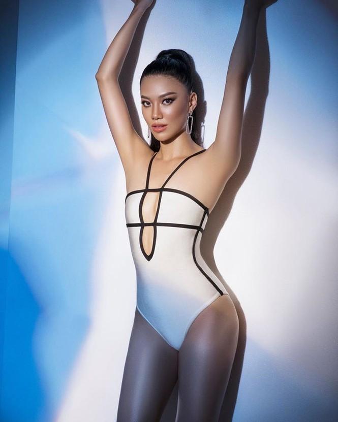 Á hậu Kim Duyên khoe dáng nóng bỏng với bikini - ảnh 6