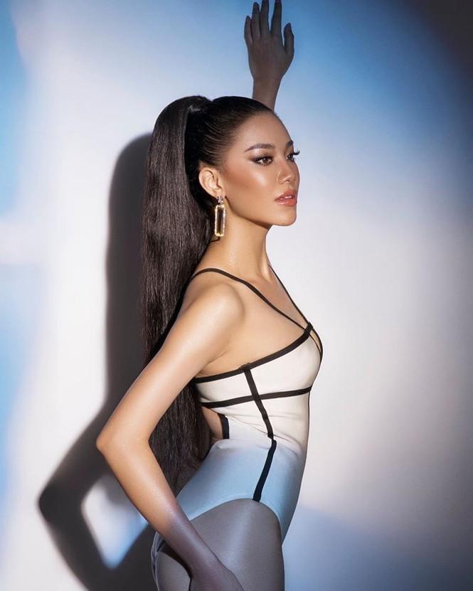 Á hậu Kim Duyên khoe dáng nóng bỏng với bikini - ảnh 7