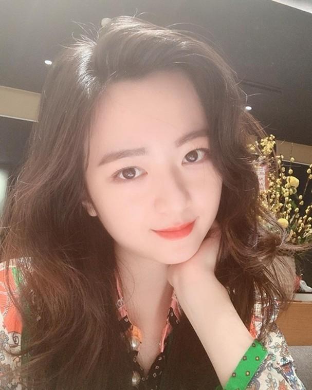 Anh Sa - con gái Hoa hậu Giáng My ngày càng xinh đẹp - ảnh 7