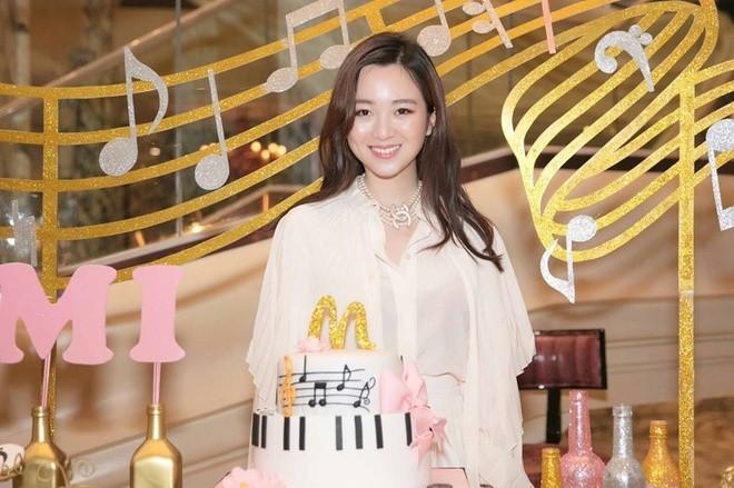 Anh Sa - con gái Hoa hậu Giáng My ngày càng xinh đẹp - ảnh 8