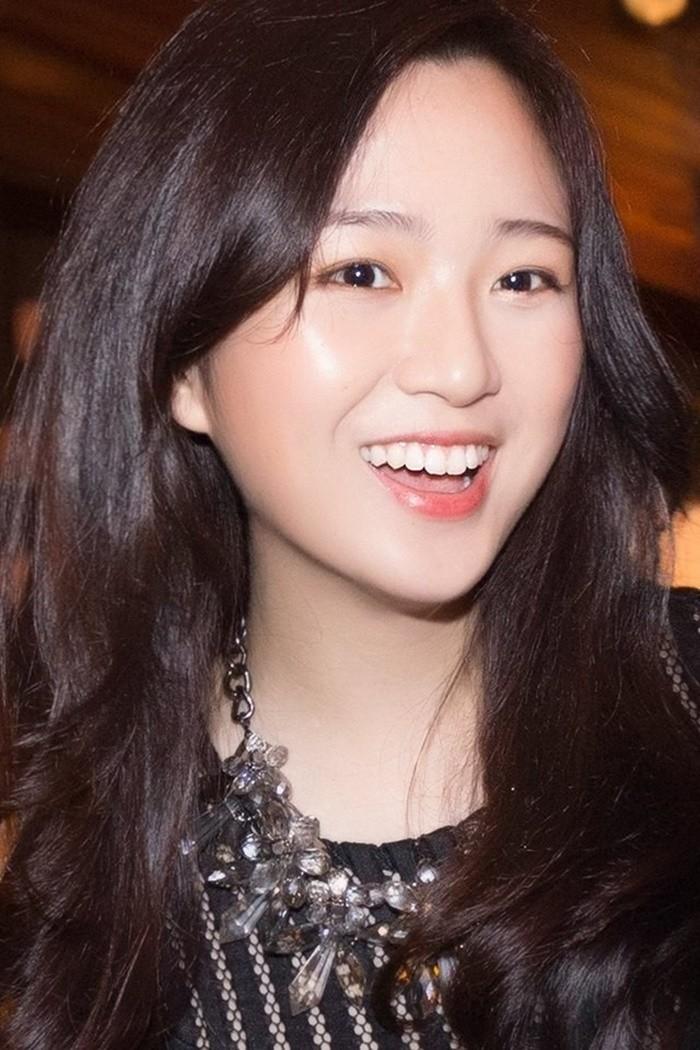 Anh Sa - con gái Hoa hậu Giáng My ngày càng xinh đẹp - ảnh 10