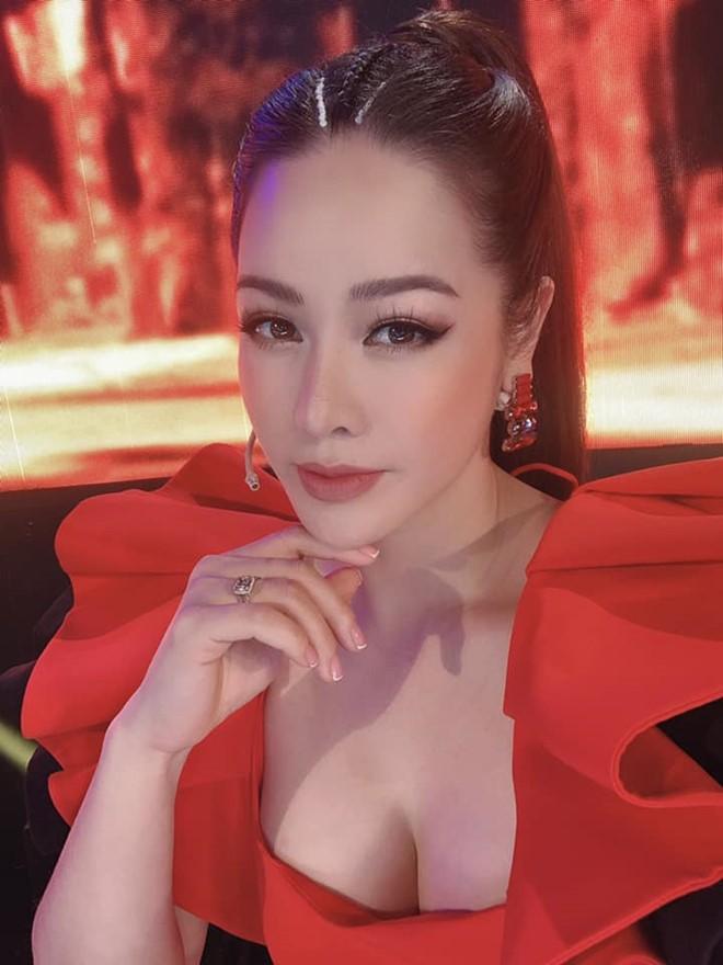 Nhật Kim Anh ngày càng gợi cảm - ảnh 3