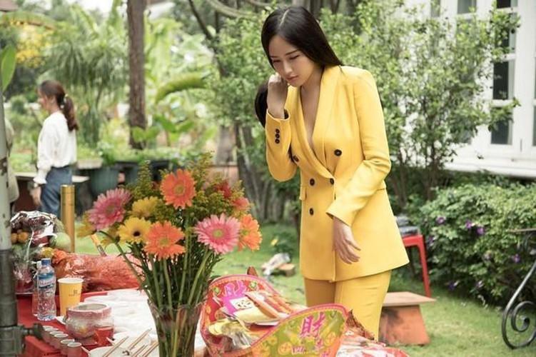Mai Phương Thúy ăn mặc ngày càng gợi cảm - ảnh 12