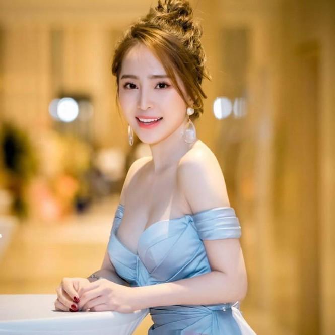'Cá sấu chúa' Quỳnh Nga ngày càng xinh đẹp, gợi cảm - ảnh 5