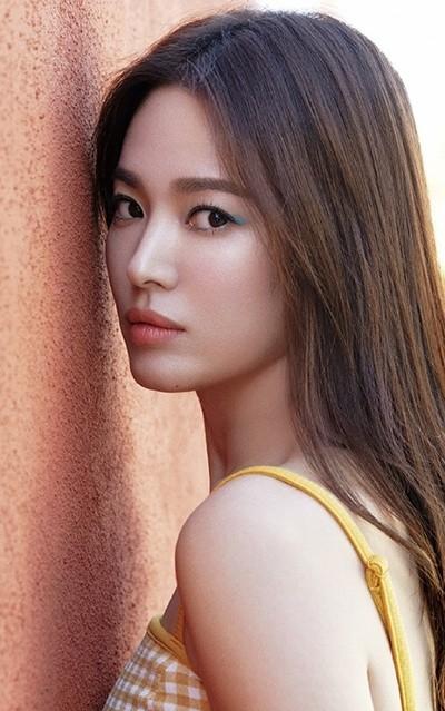 Song Hye Kyo khoe dáng tươi tắn ở tuổi 39 - ảnh 13