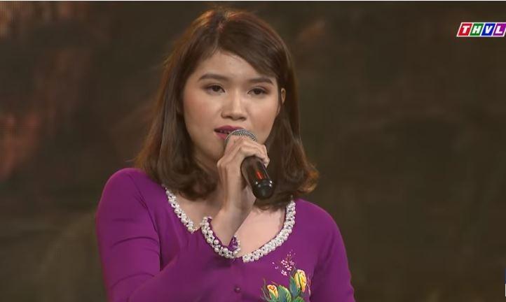 Trúc Ly - bản sao ca sĩ Phi Nhung hát Em về miền Tây - ảnh 1