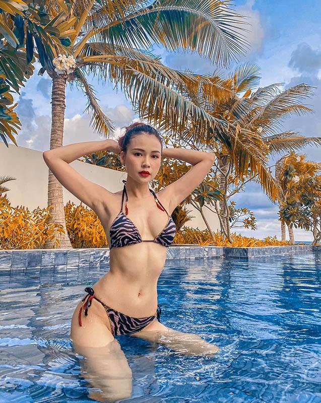 Hot girl Sam hiếm hoi diện bikini khoe dáng gợi cảm - ảnh 7