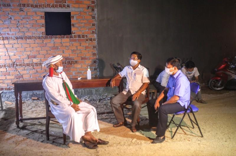 'Tư lệnh' trong chiến dịch chống COVID-19 ở thôn Văn Lâm 3 - ảnh 3