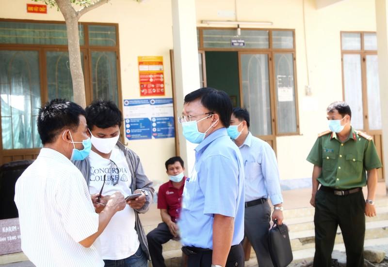 'Tư lệnh' trong chiến dịch chống COVID-19 ở thôn Văn Lâm 3 - ảnh 4