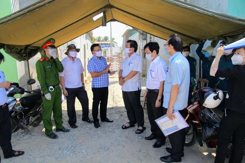 'Tư lệnh' trong chiến dịch chống COVID-19 ở thôn Văn Lâm 3 - ảnh 2