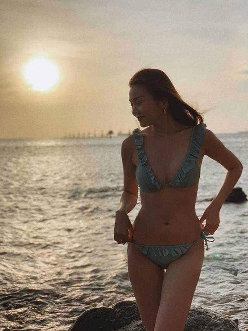 Những người đẹp vượt vòng eo 56 cm của Ngọc Trinh - ảnh 9