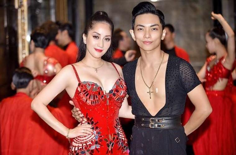 Nữ hoàng dancesport Khánh Thi khoe dáng trên biển - ảnh 5