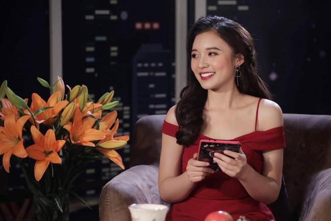 Phương Thảo - MC 'nấm lùn' có nụ cười rạng rỡ trên VTV - ảnh 8