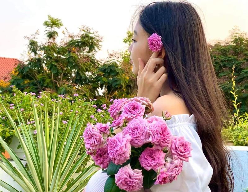 Lọ lem - con gái Quyền Linh xinh như hoa hậu - ảnh 11