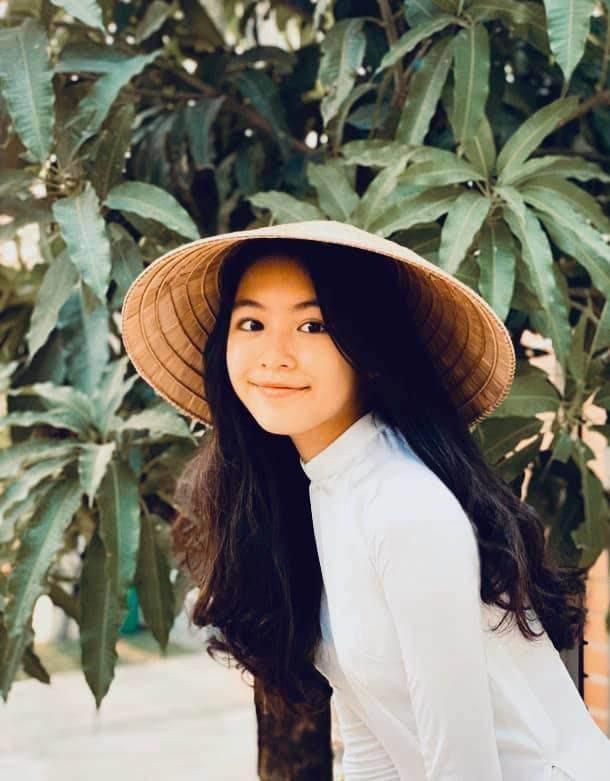 Lọ lem - con gái Quyền Linh xinh như hoa hậu - ảnh 9