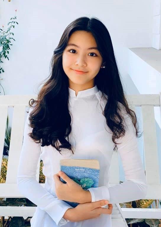 Lọ lem - con gái Quyền Linh xinh như hoa hậu - ảnh 10