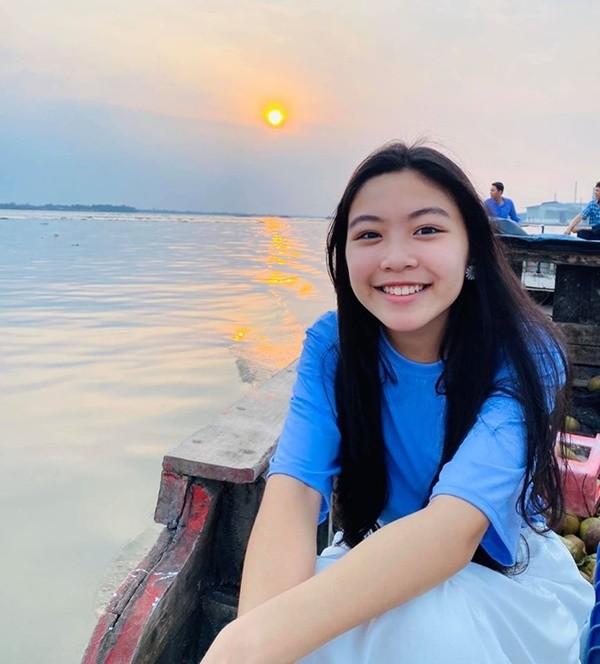 Lọ lem - con gái Quyền Linh xinh như hoa hậu - ảnh 5