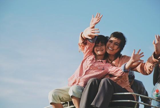 'Hạnh phúc của mẹ' đoạt giải Cánh diều vàng với nhiều sóng gió - ảnh 12
