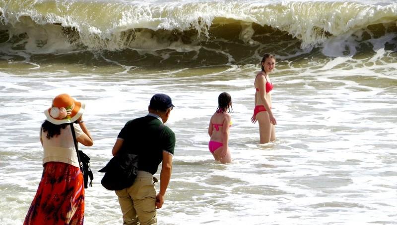 Miễn phí áo phao tắm biển Nha Trang - ảnh 3