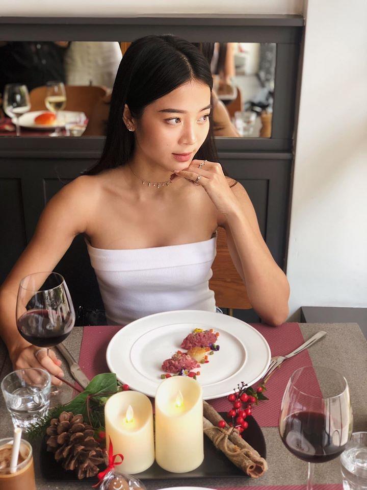 Karen Nguyễn 'người tình vua Bảo Đại' ngoài đời rất gợi cảm - ảnh 4
