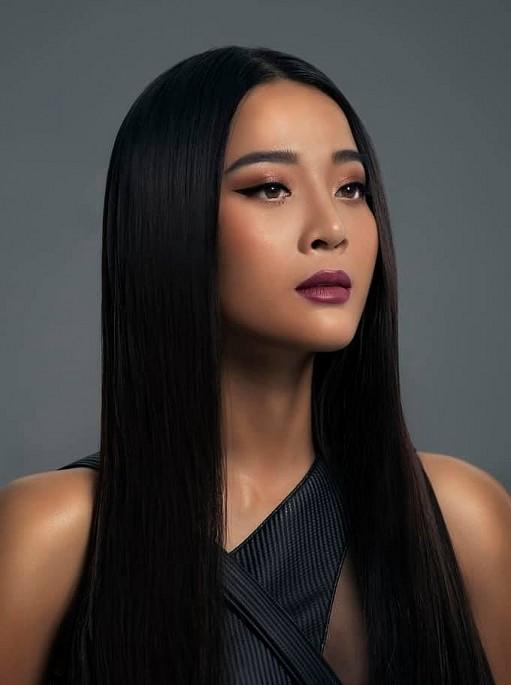 Karen Nguyễn 'người tình vua Bảo Đại' ngoài đời rất gợi cảm - ảnh 3