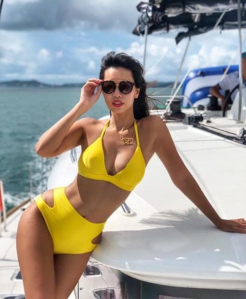 Sao Việt khoe dáng bikini mùa hè quyến rũ, gợi cảm  - ảnh 10