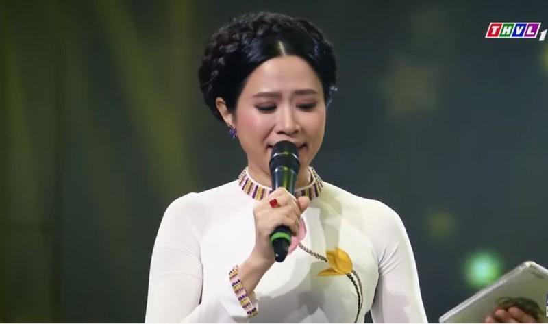 Nghe Henry Ngọc Thạch hát Mẹ, MC Quỳnh Hoa bật khóc - ảnh 2