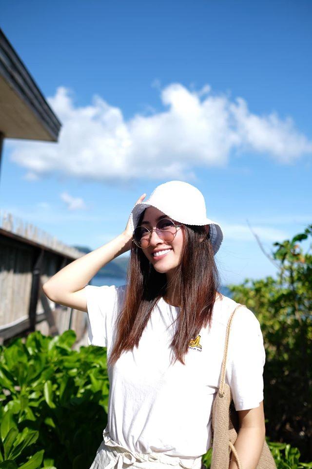 Hoa hậu Lương Thùy Linh khoe dáng bikini ở Côn Đảo - ảnh 6