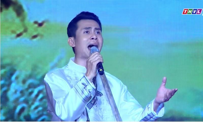 Diễn viên Lê Vinh hát tân cổ Bài ca đất phương Nam - ảnh 1